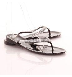 Strasszköves, lábujjközös női gumipapucs (L51580)