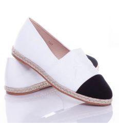 Nyomott betű mintás, belebújós női vászon cipő, slip-on (T267)