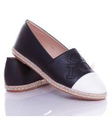 Nyomott betű mintás, kétszínű női műbőr belebújós cipő, slip-on (T266)