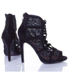 Horgolt virágos, lábfejnél megkötős női velúr tűsarkú cipő (AL-51)