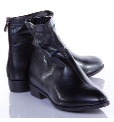 Enyhén bélelt, sarkánál cipzáros, műbőr női bokacipő kis sarokkal (S597)